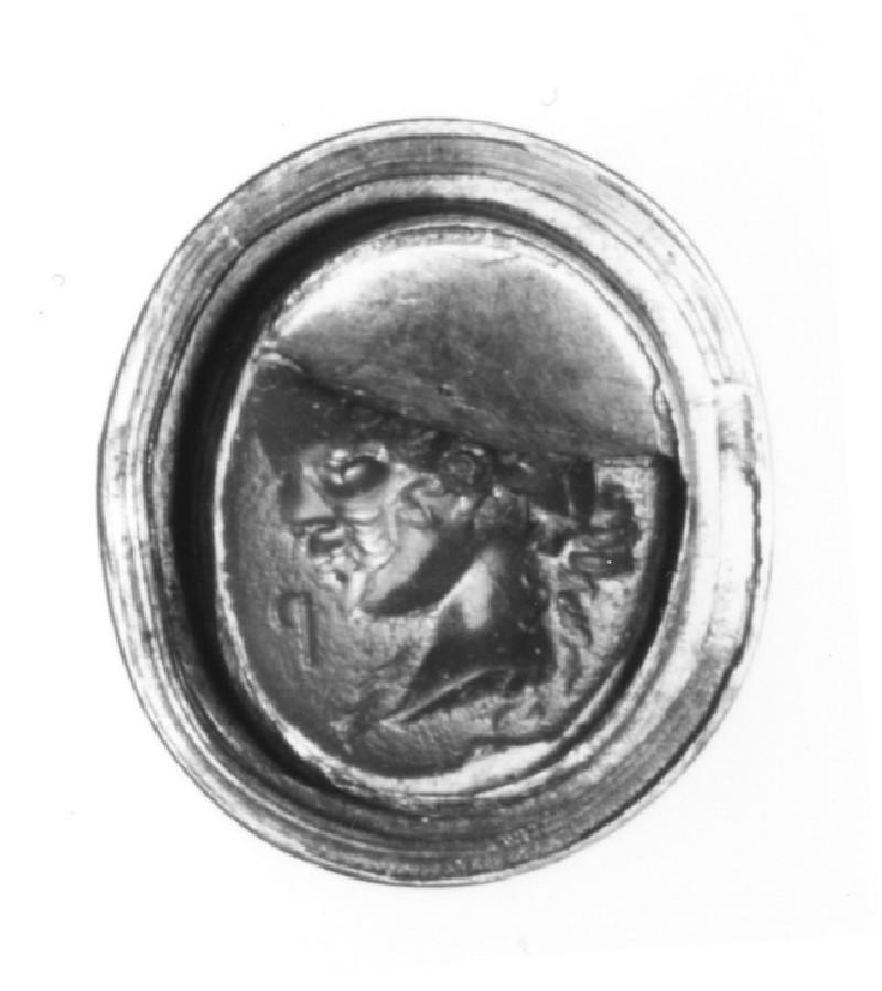 Intaglio gem, portrait head female (AN1921.1235, record shot)