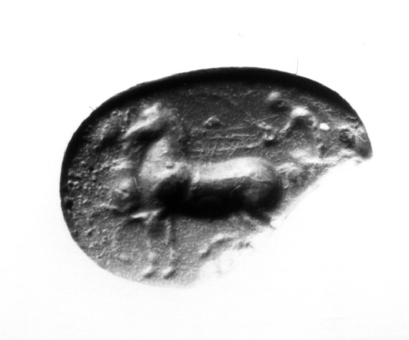 Intaglio gem, chariot race (AN1941.500, record shot)