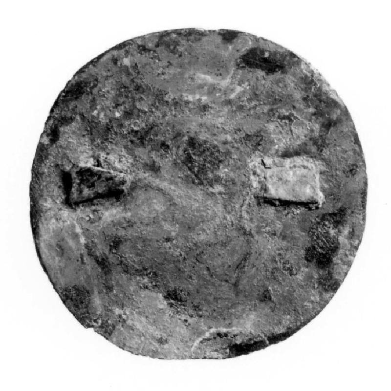 Copper alloy applied brooch