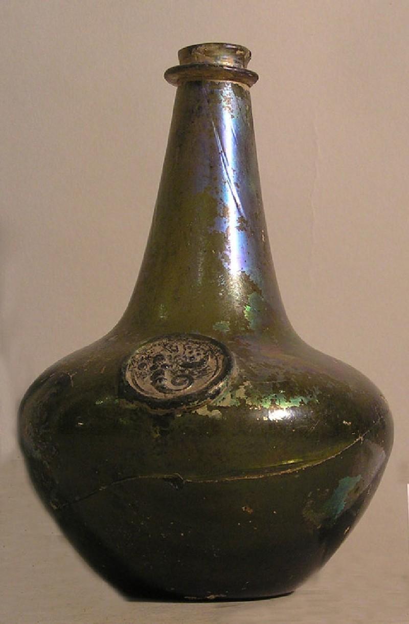 Sack bottle with vintner's arms