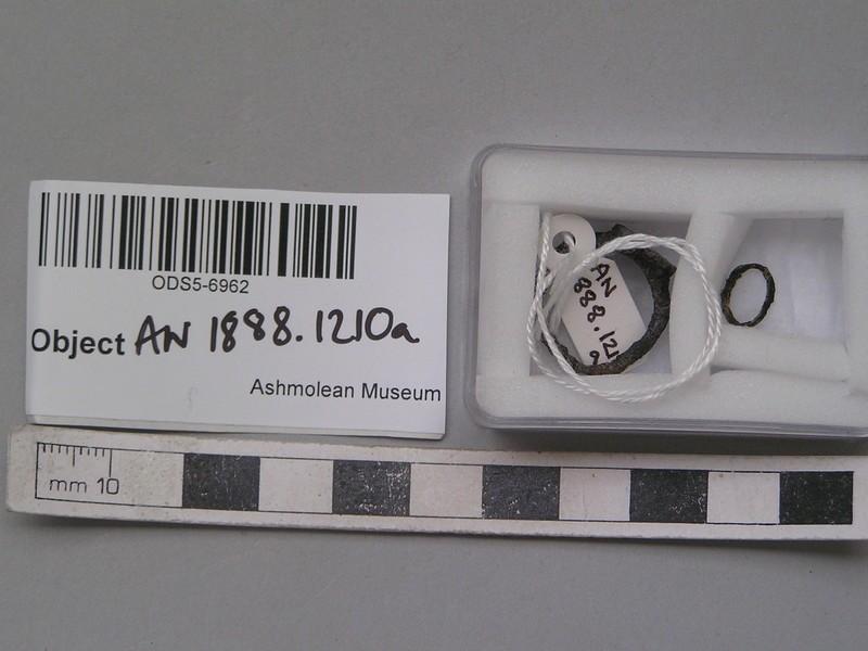 Silver ring, loop in 3 fragment, circular bezel