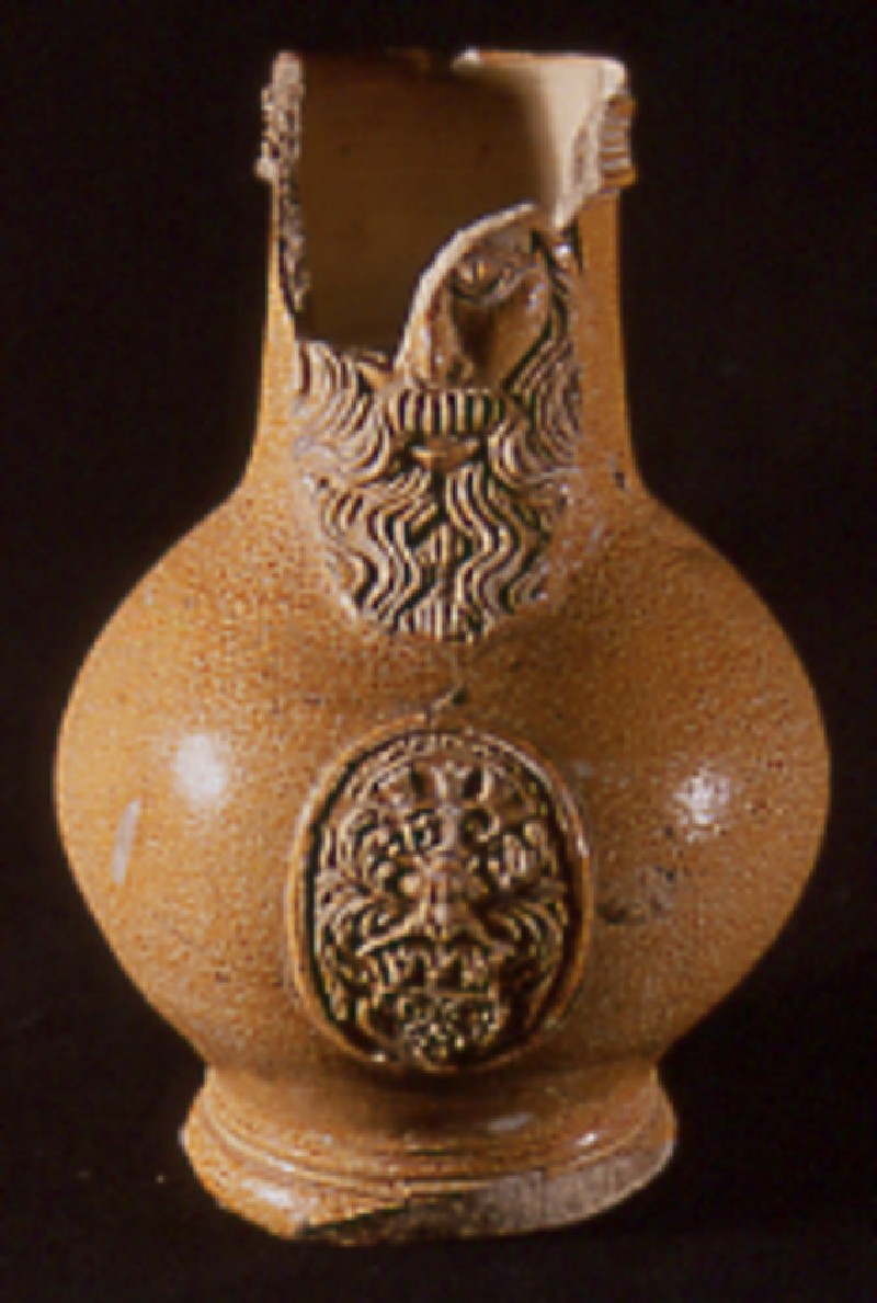 Pear-shaped bottle (Bartmann) decorated with the arms of Cologne 1594 (AN1910.292, record shot)