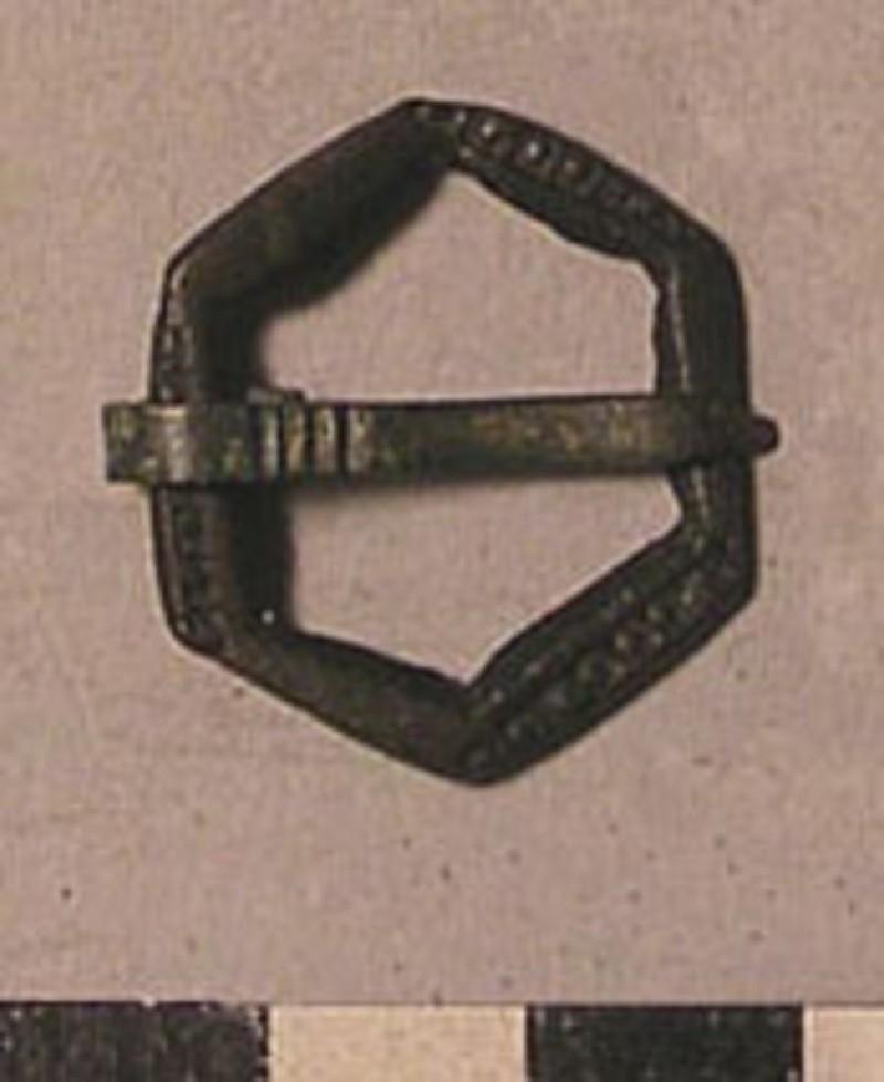 Bronze hexagonal annular type brooch