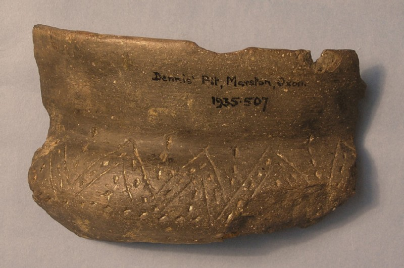 Sherd of round-bodied bowl (AN1935.507, record shot)