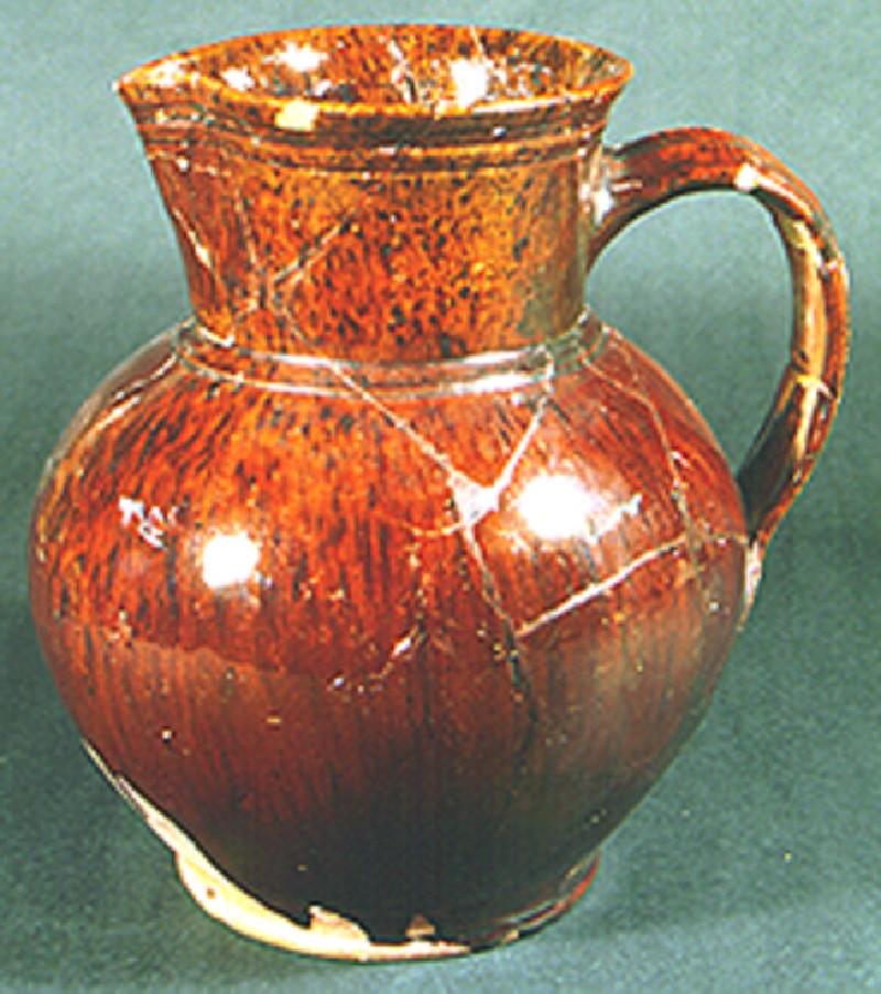 Shouldered jug
