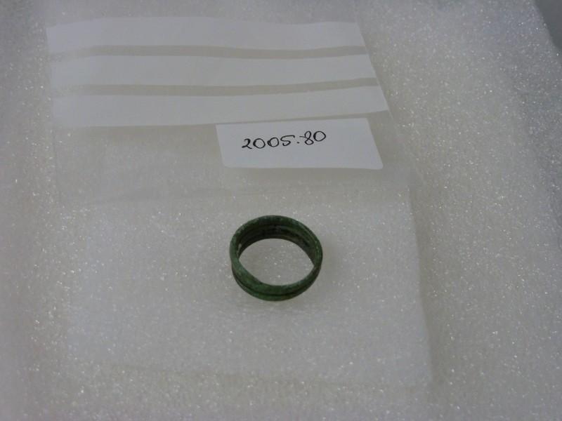 Copper alloy spiral finger-ring