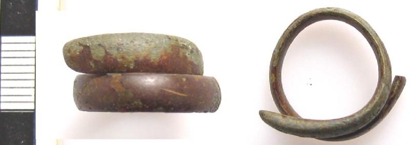 Finger-ring (AN2012.1.28, record shot)