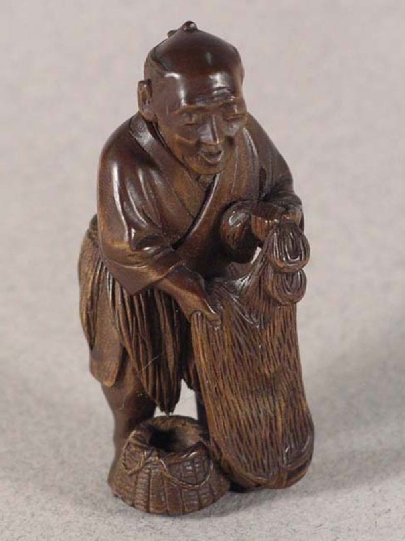Netsuke in the form of a fisherman (EA1996.20, record shot)