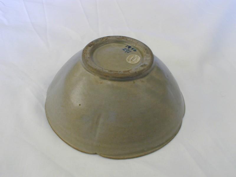 Mallow-petal bowl