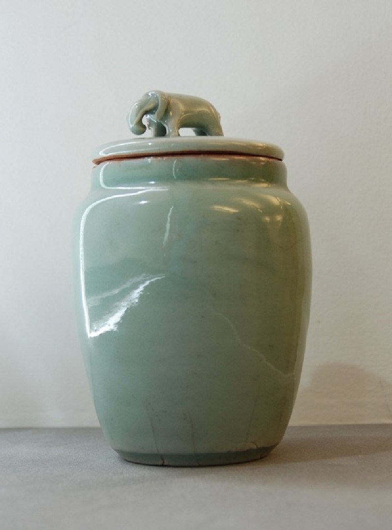 Jar with lid with elephant (EA1956.1992, record shot)