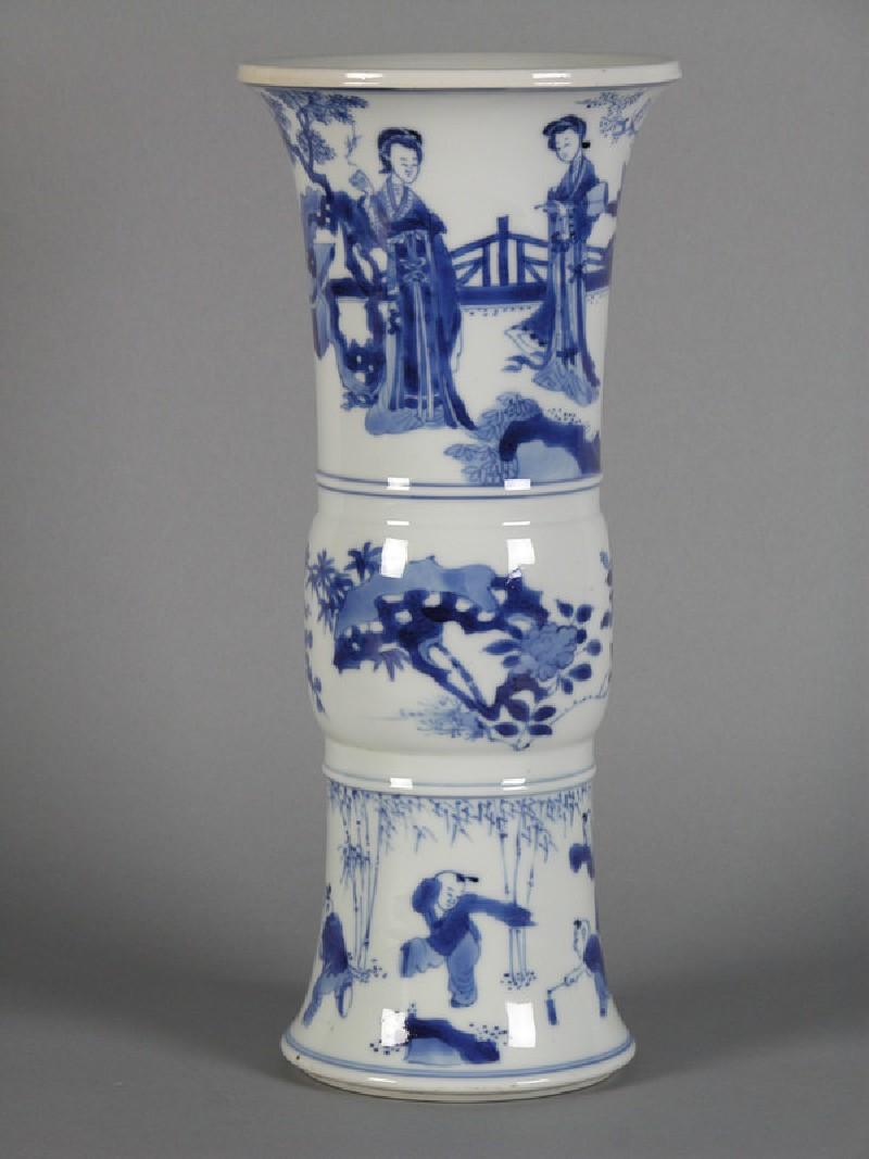 Ku shape vase (Title: <<Acc. No. as Title>>)