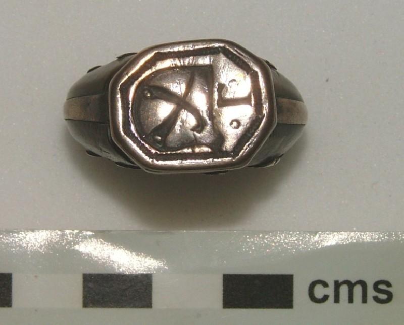 Signet ring (WA1897.CDEF.F505, record shot)