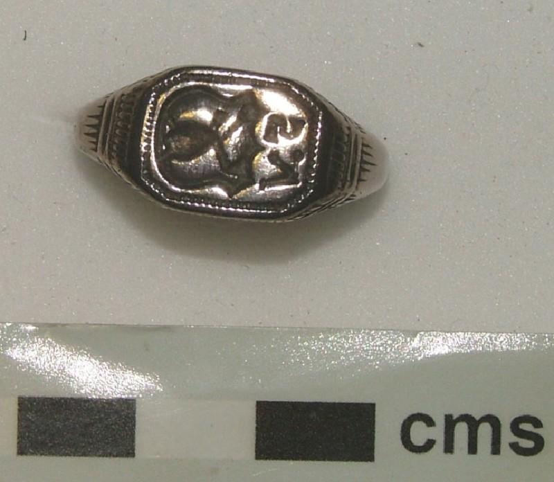 Signet ring (WA1897.CDEF.F508, record shot)