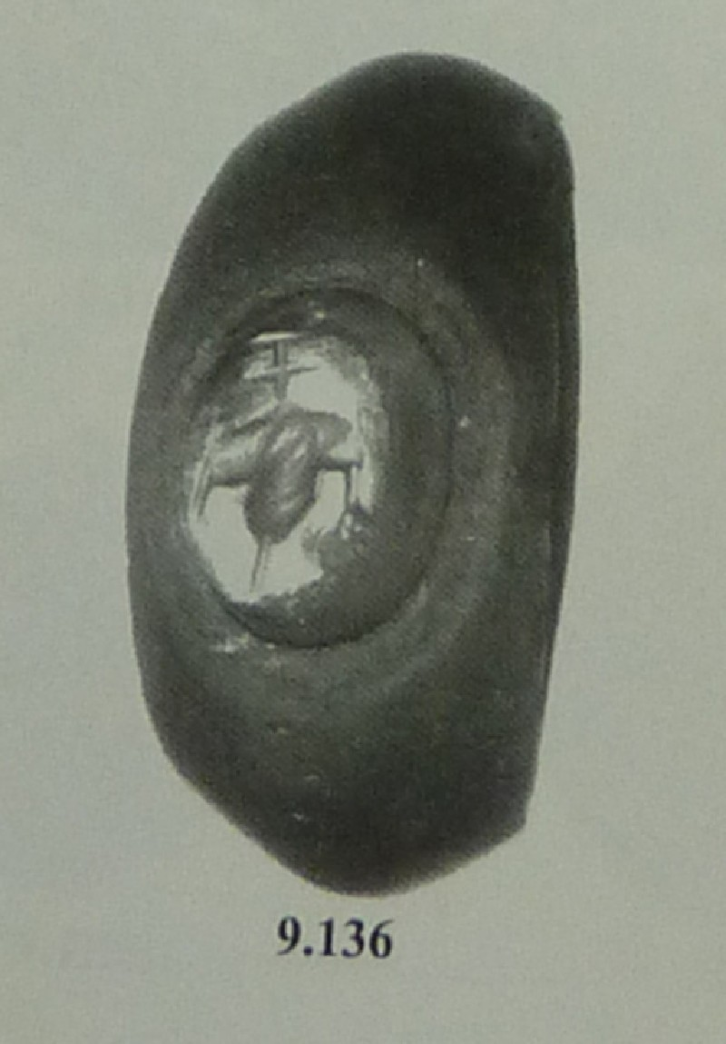 Intaglio gem, grapes