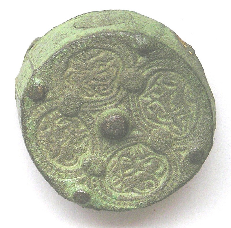 Box brooch with animal motif