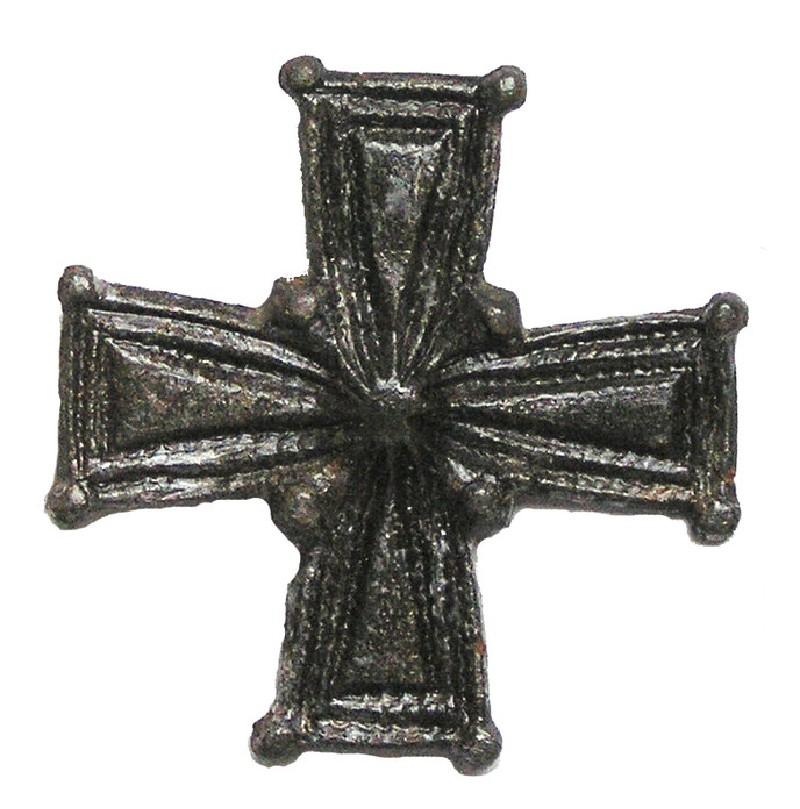 Cruciform brooch (AN1927.335, AN.1927.335, record shot)