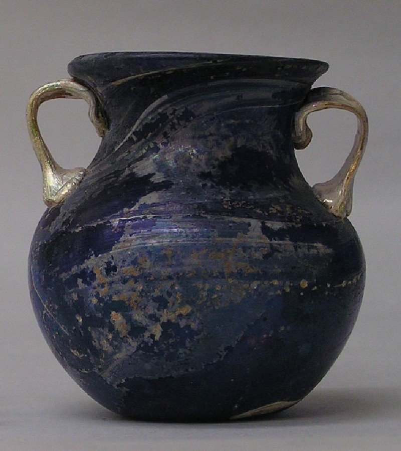 Small purple amphora with gilded white handles