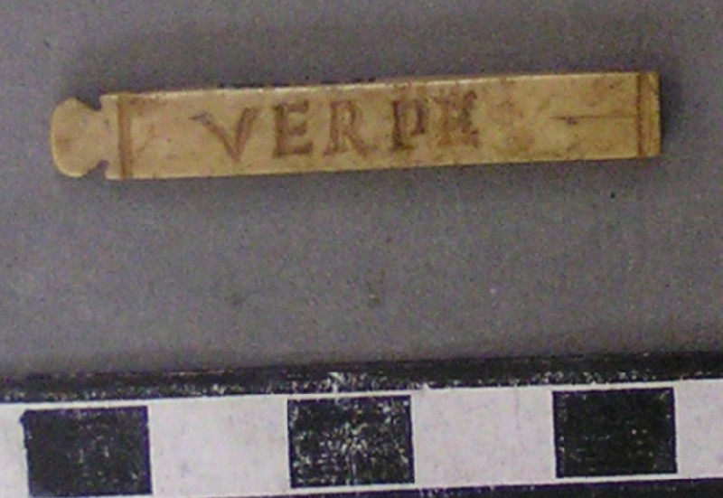Bone counter with Latin inscription (AN1966.631, AN.1966.631, record shot)
