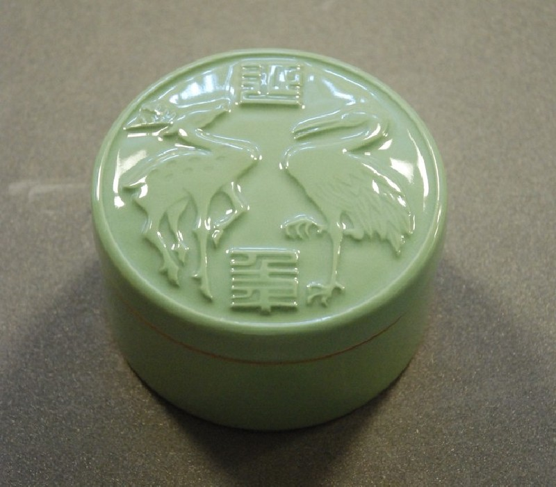 Lidded box with relief design of deer and crane (EA2014.205, record shot)