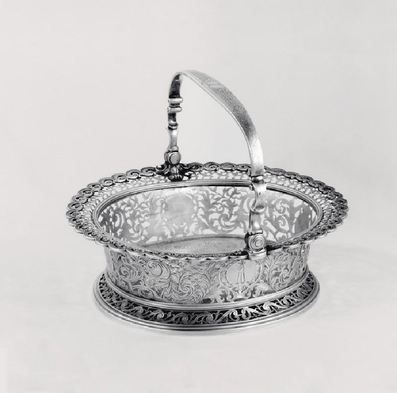 Cake Basket (WA1946.101, record shot)